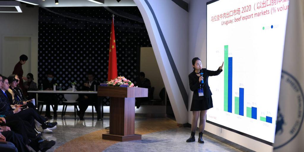 Firmas de convenios para impulsar el comercio de carnes en China.
